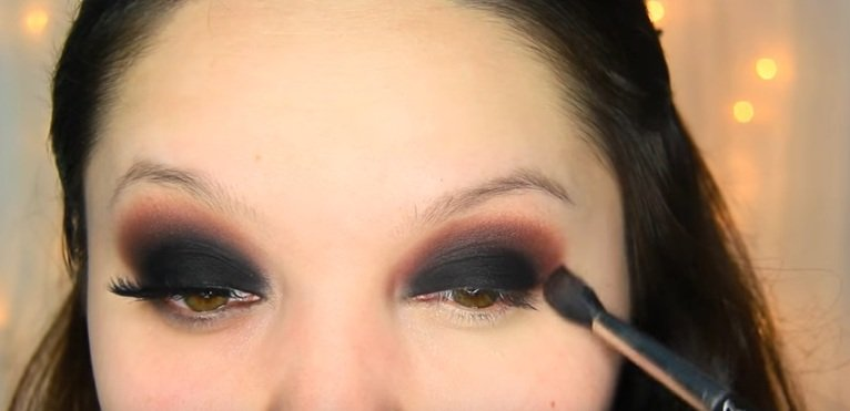 макияж Smoky eyes